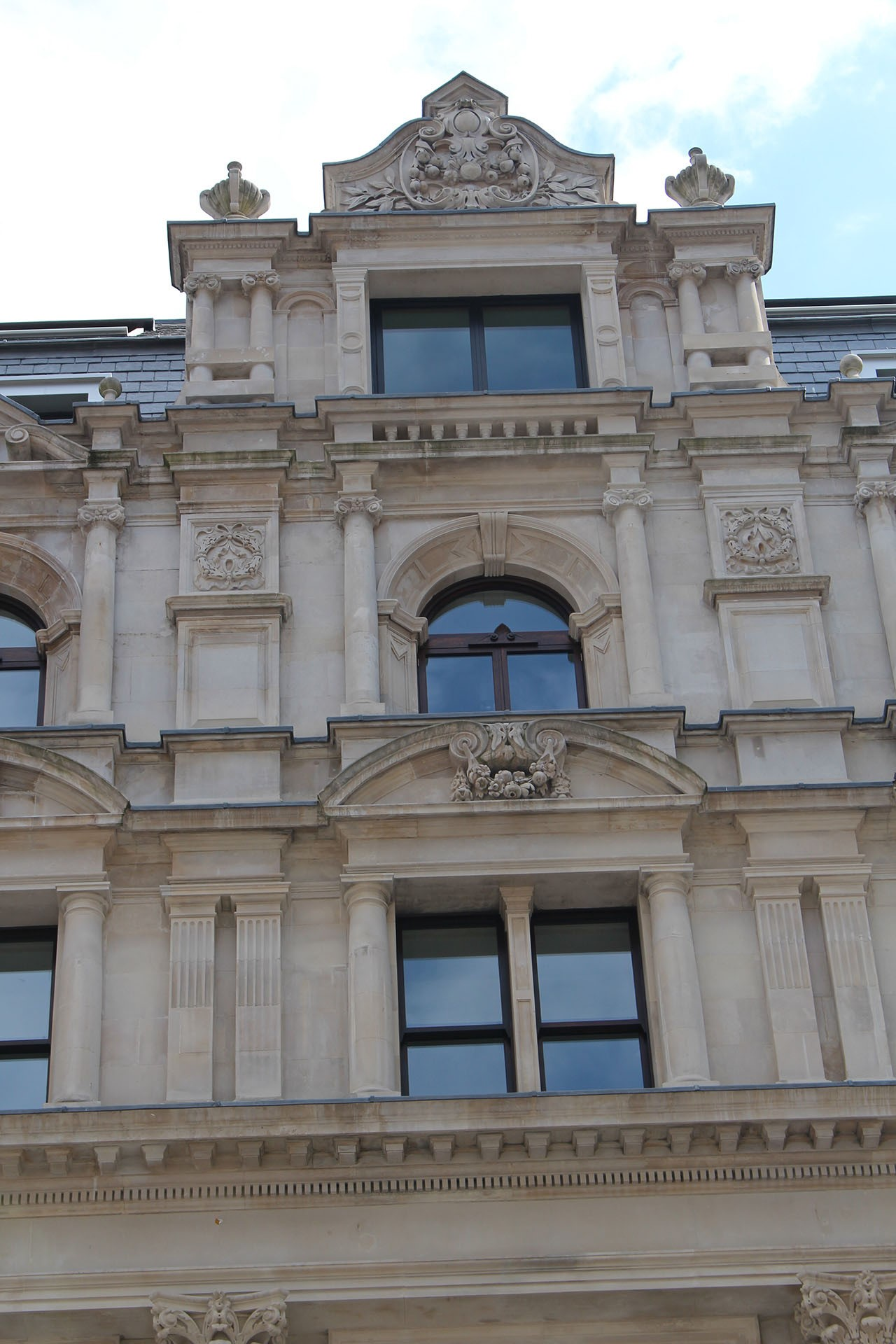 Greystone's reproductions of worn/eroded sculptural detail on Dixon House (Fenchurch Street)